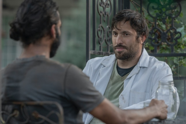 Avi Nash as Siddiq and Juan Javier Cardenas as Dante on The Walking Dead Season 10