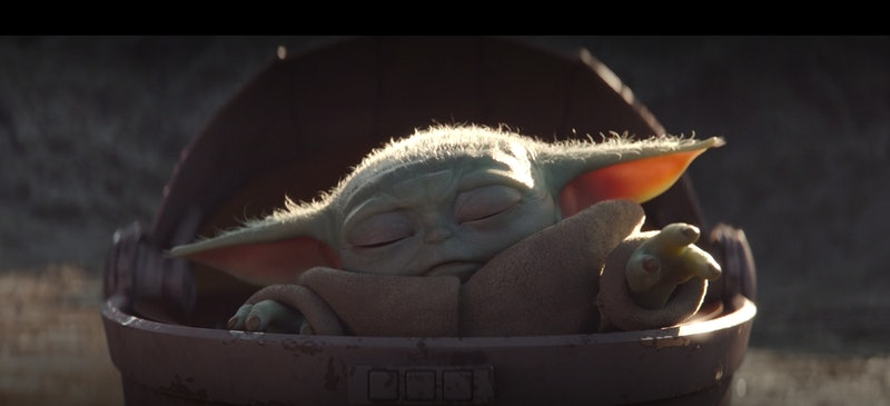 Baby Yoda using the Force in The Mandalorian