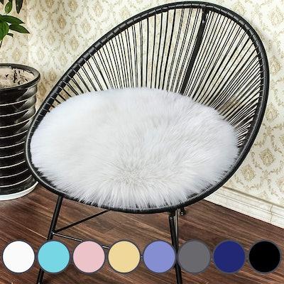 Junovo Premium Soft Round Faux Fur Sheepskin Seat Cushion