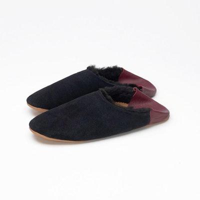 Black & Burgundy Shearling Winter Slippers