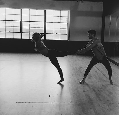 Hannah Brown and Alan Bersten rehearse their contemporary dance for DWTS.