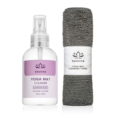 Saucha Natural Yoga Mat Cleaner with Microfiber Cloth