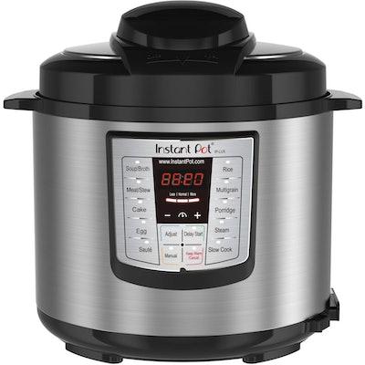 Instant Pot V3 6 Qt 6-in-1 Multi-Use Programmable Pressure Cooker