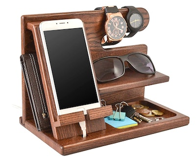 Wood Phone Docking Station by TESLYAR