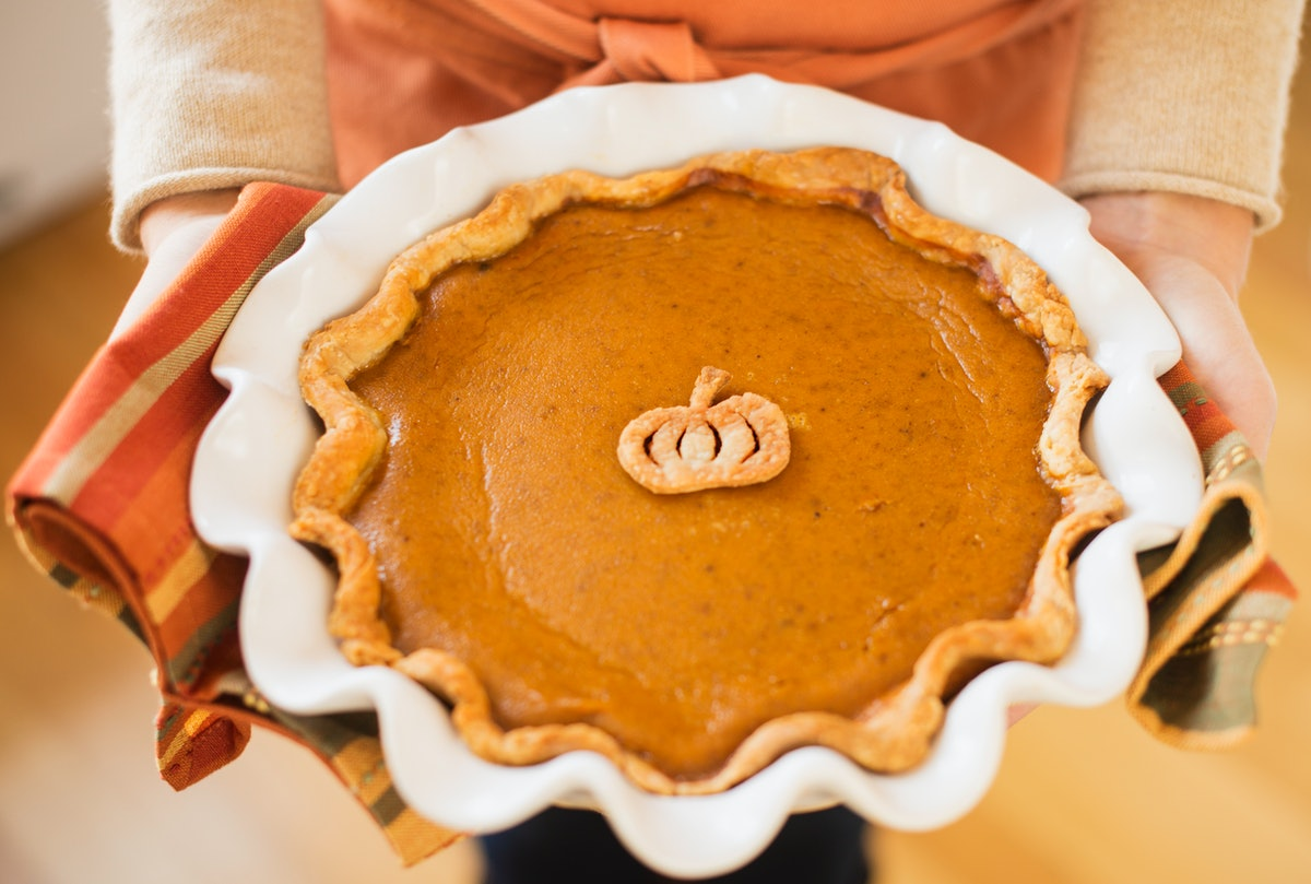 What To Bring To Thanksgiving Dinner, Based On Your Zodiac Sign