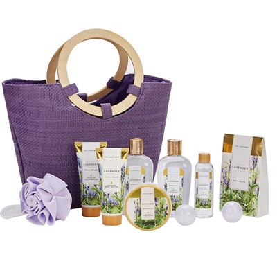 Spa Luxetique Lavender Gift Basket
