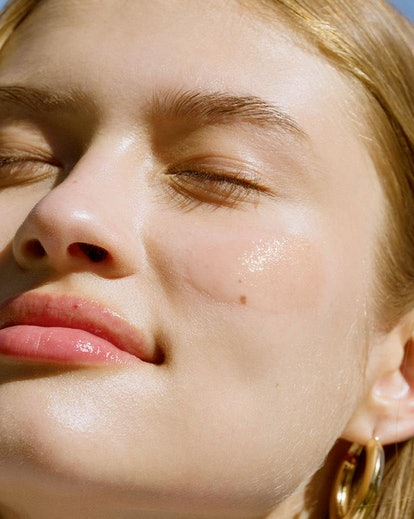 All the Cyber Monday 2019 beauty sales and deals on serums, moisturizers, and creams.