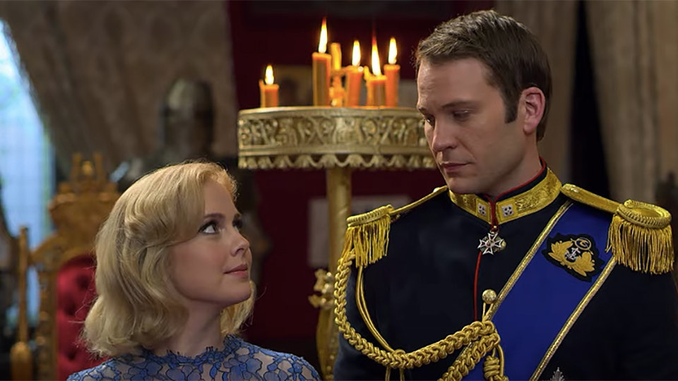 Netflix debuts the trailer for 'A Christmas Prince 3'.