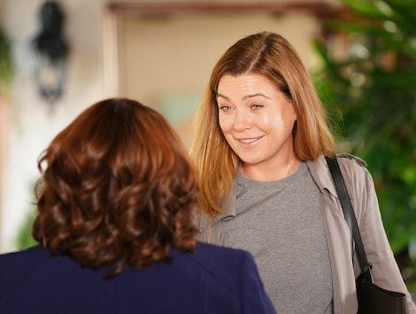 Meredith Grey talking to Miranda Bailey on 'Grey's Anatomy'