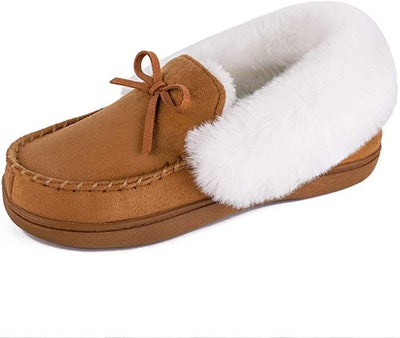 HomeIdeas Faux Fur Lined Suede House Slippers