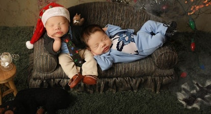 Newborns dressed as characters from 'Christmas Vacation' are charming the internet.