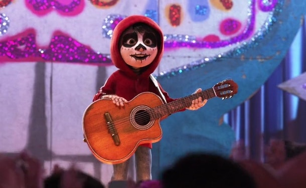 """What's Coming To Disney+ In December 2019? Here's The Full List Of Movies & Shows nad it includes """"Coco."""""""