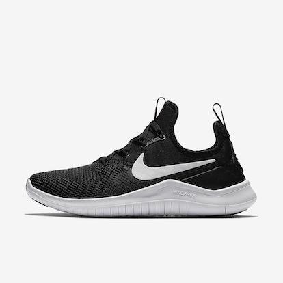 Nike Free TR8 in Black/White