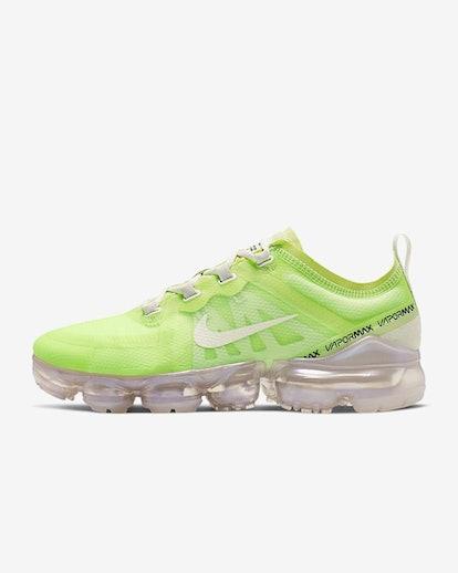 Nike Air VaporMax SE in Luminous Green/Phantom/Metallic Sepia Stone/Phantom
