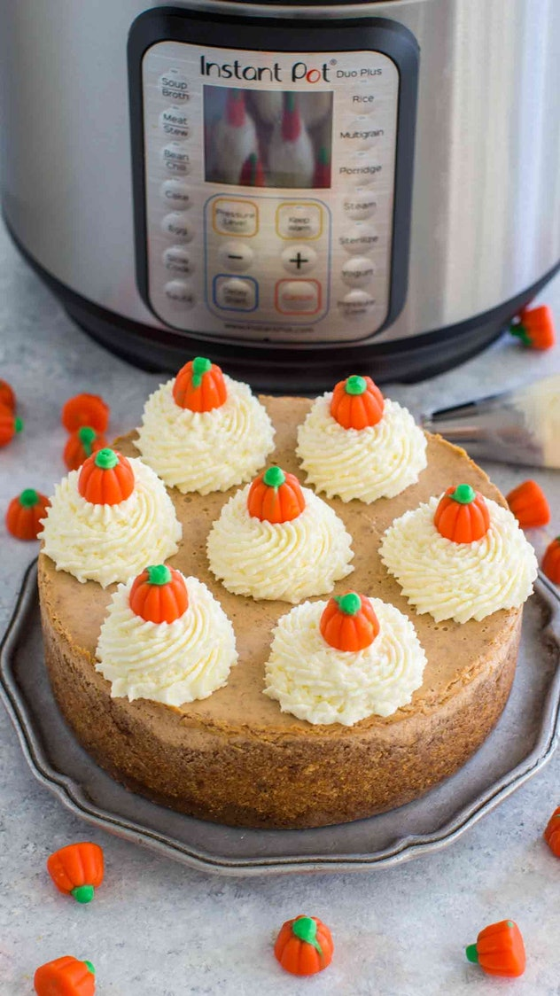 Pumpkin cheesecake is a Friendsgiving 2019 Instant Pot recipe your friends will love.