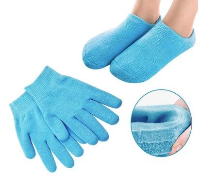 Pinkiou Moisturizing And Gloves Socks Set