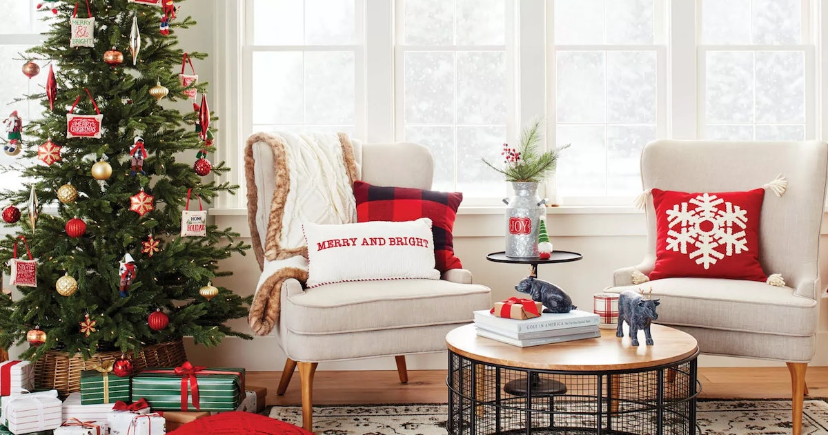 Target's Holiday Decoration Sale Includes A $50 Coupon ...
