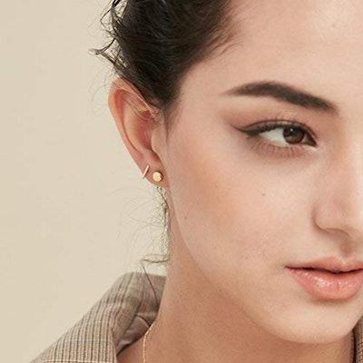 S.Leaf Tiny Dot Earrings