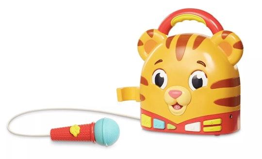 Daniel tiger holiday 2019 gifts for daniel tiger fans; karaoke machine