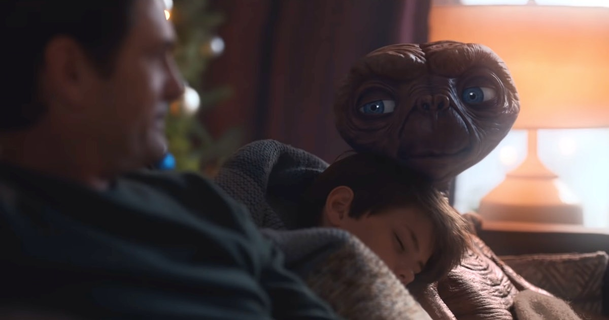This 'E.T.' Commercial Reunites Elliott With His Favorite Alien — WATCH