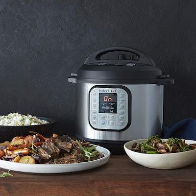 Instant Pot Mini Electric Pressure Cooker