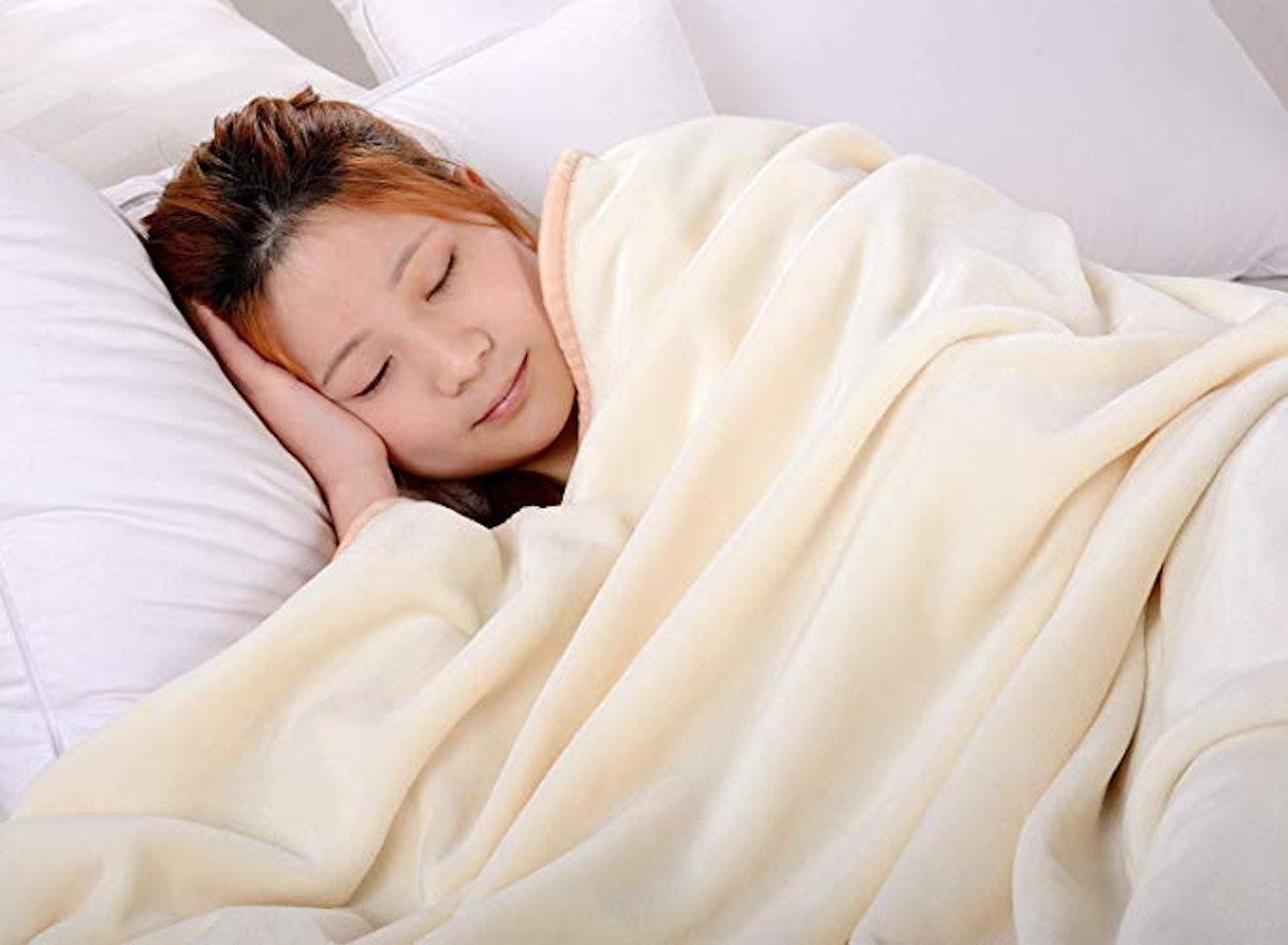 BALBALICHUN Soft Fleece Blanket