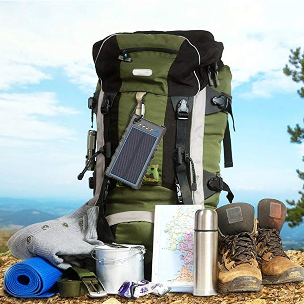 BEARTWO Portable Solar Charger