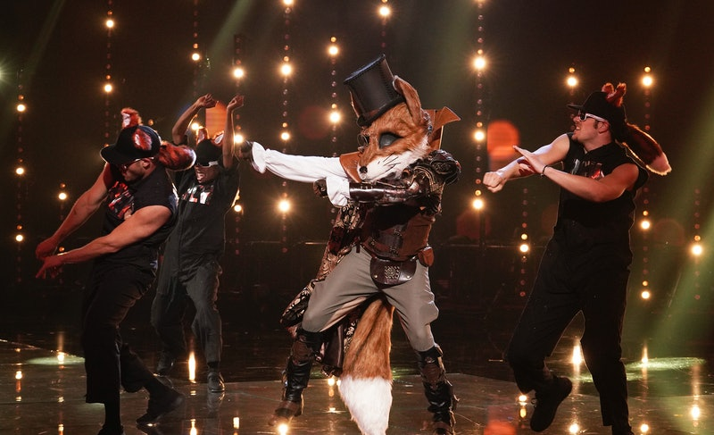 'The Masked Singer' fan theories point to clues that comedian Wayne Brady is The Fox.