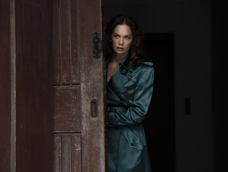 Ruth Wilson as Mrs. Coulter in His Dark Materials