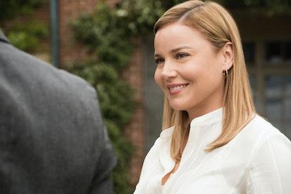 Abbie Cornish plays Dr. Cathy Mueller in 'Jack Ryan.'