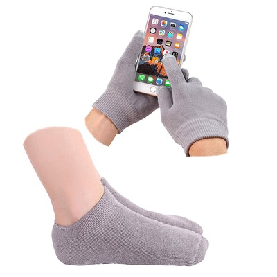 Gel Moisturizing Gloves and Socks
