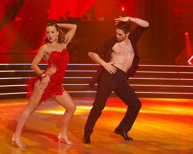 Hannah Brown and Alan Bersten dance the salsa in Week 8 of DWTS.
