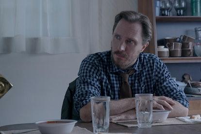 Annie and Joy's father (John Hoogenakker) in 'Castle Rock' Season 2