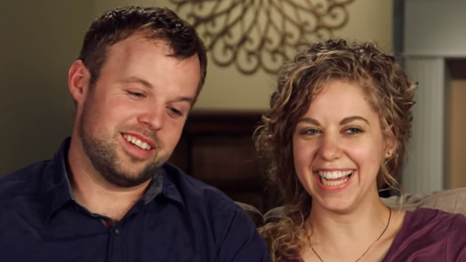 Abbie Duggar might go back to her career after giving birth