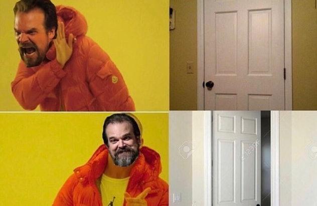 Hopper Leaving The Door