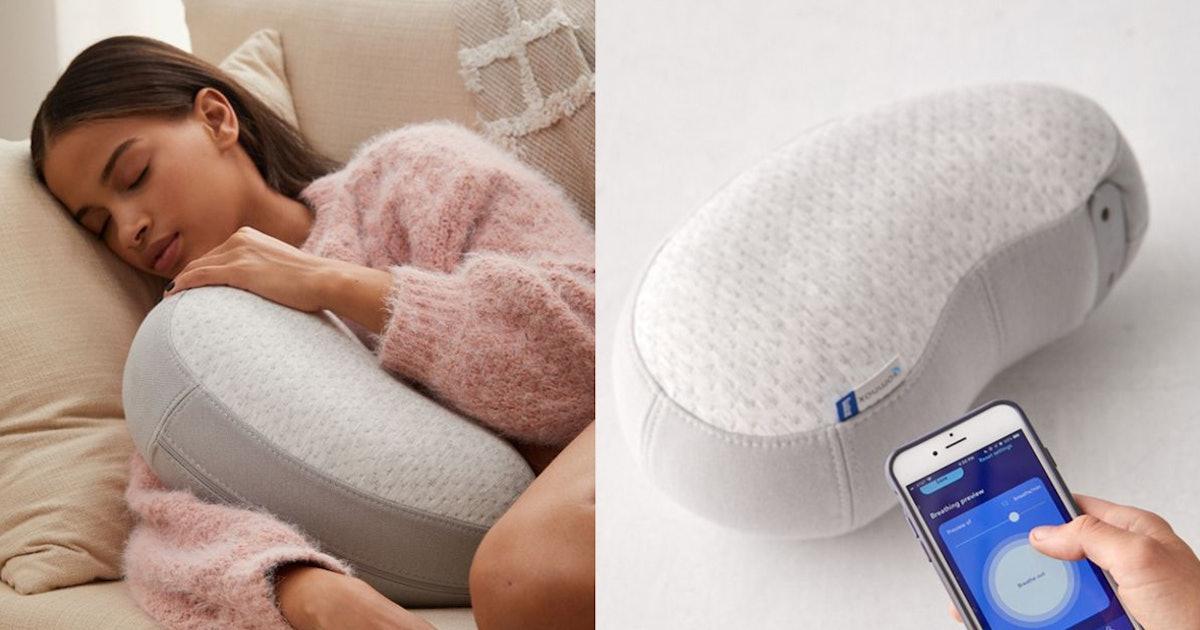 "This Sleep Robot ""Breathes"" While You Cuddle It To Lull You To Sleep"