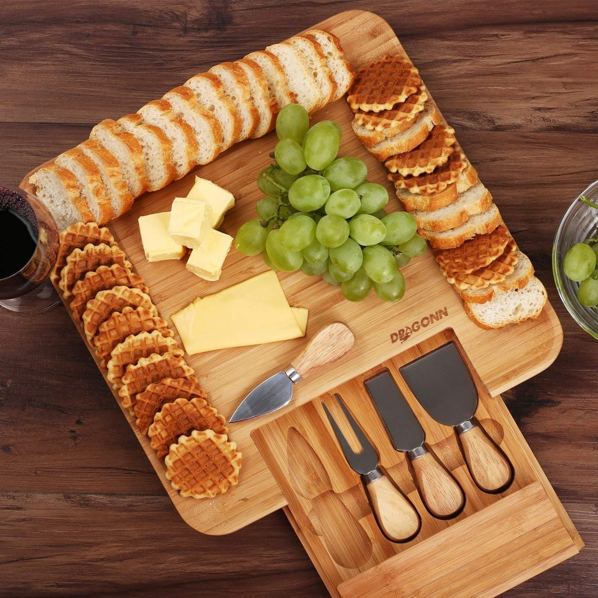 DRAGONN Natural Bamboo Cheese Board