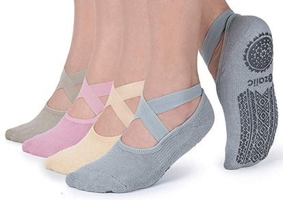 Non Slip Socks for Yoga Pilates Barre Fitness Hospital Socks (4-Pack)