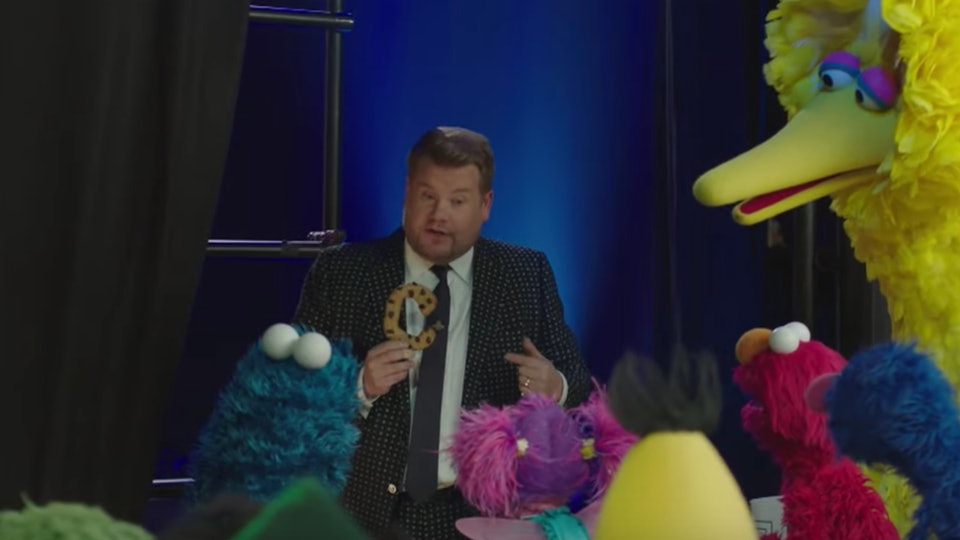 James Corden and the cast of 'Sesame Street' sing about 'The Late Late Show'.