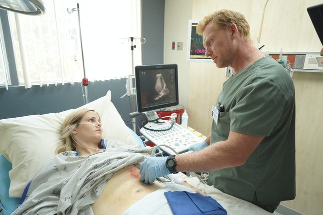 "Owen and Amelia argued about abortion on Grey's Anatomy's Nov. 7 episode, ""Papa Don't Preach."" (Pictured: Actors Kevin McKidd and Hayley Chase)"