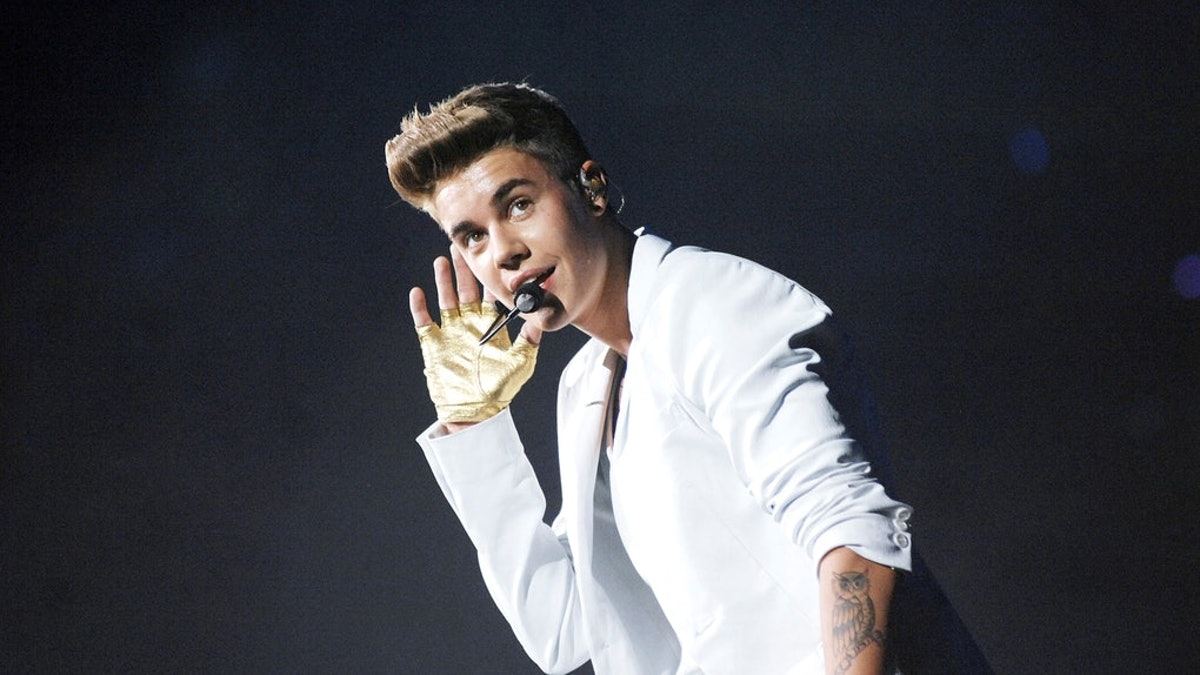 Justin Bieber's review of the Popeye's Chicken Sandwich might hurt your feelings.