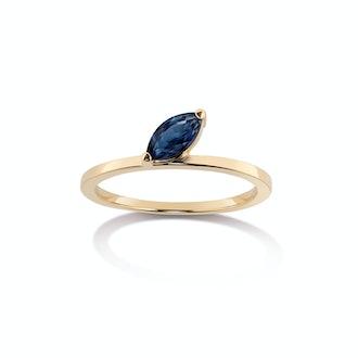 Defne Sapphire Ring