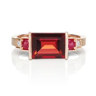 Cirque Vintage Inspired Red Garnet Ring