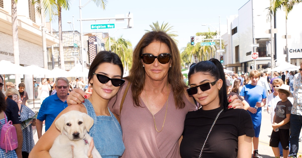 Here's How Kylie & Kendall Jenner Welcomed Caitlyn Home After Filming 'I'm A Celebrity'