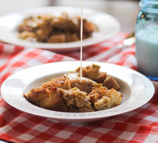 Caramel Apple Bread Pudding is a one-pot breakfast meal that kids will love.