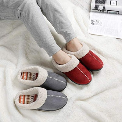 ULTRAIDEAS Non-Slip Slippers
