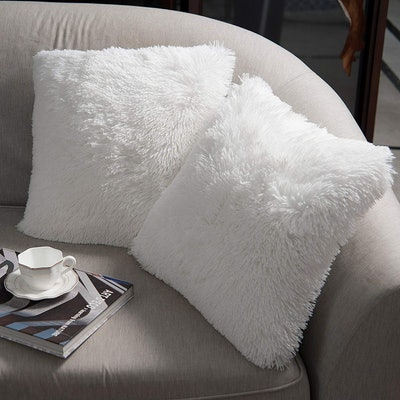 NordECO Home Faux Fur Pillow Covers (2-Pack)