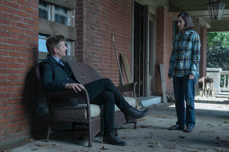 Paul Sparks as Ace and Lizzy Caplan as Annie in Castle Rock