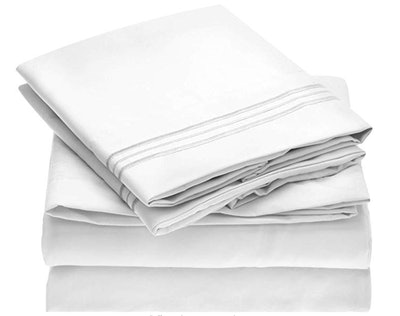 Mellanni Brushed Microfiber 4-Piece Sheet Set