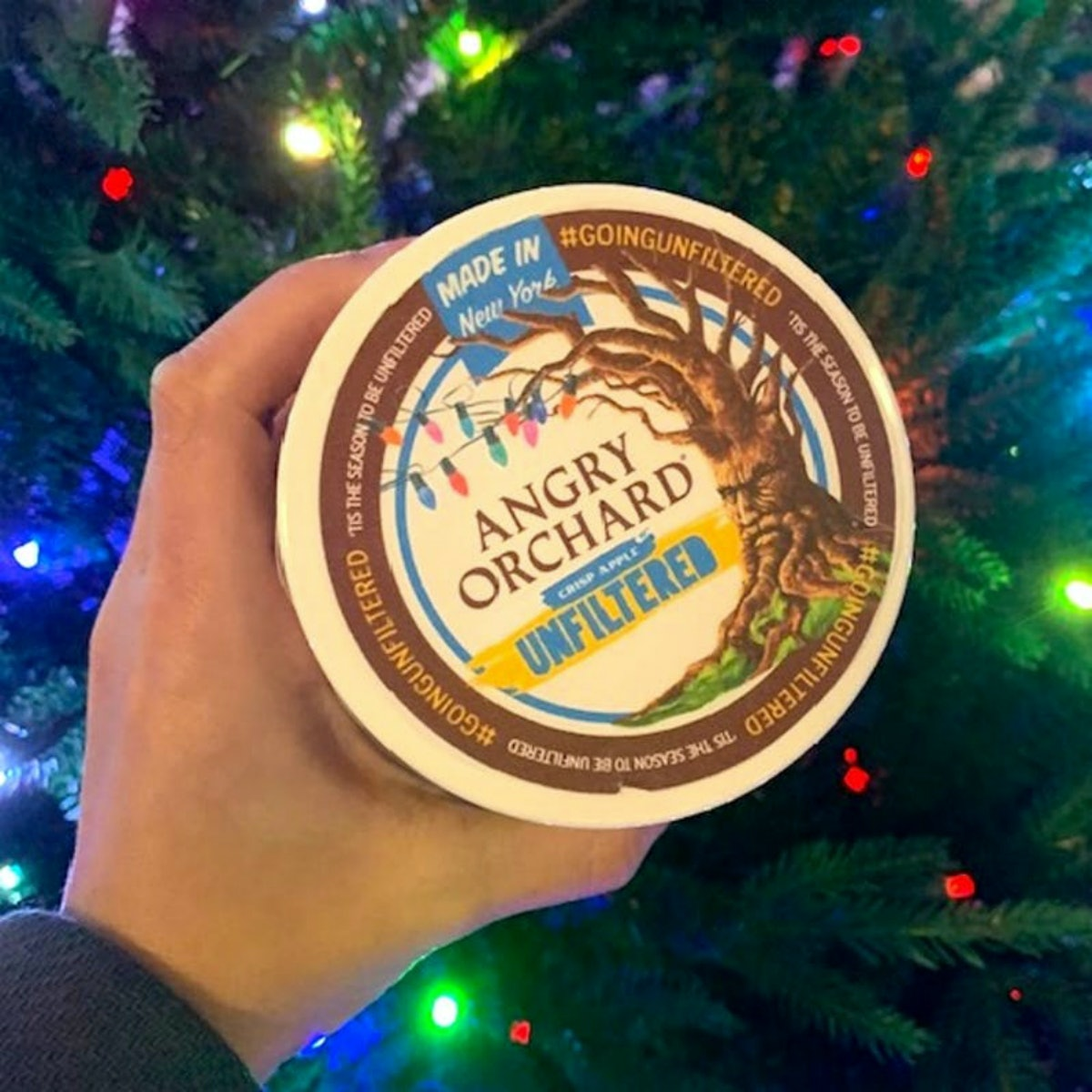 Tipsy Scoop's Angry Orchard Unfiltered Boozy Cider Ice Cream is here to make your holidays bright.